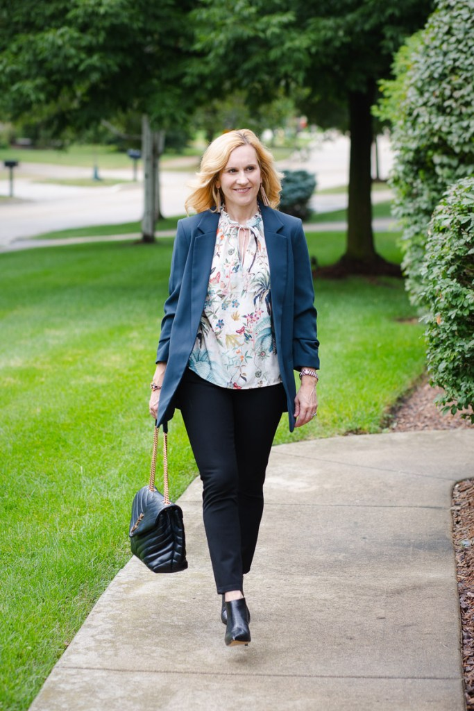 Transitioning into fall with this blue blazer and patterned tank blouse combo.