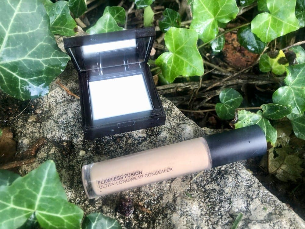 Laura Mericer Flawless Skin Ultra-Longwear Concealer and Blurring Undereye Powder
