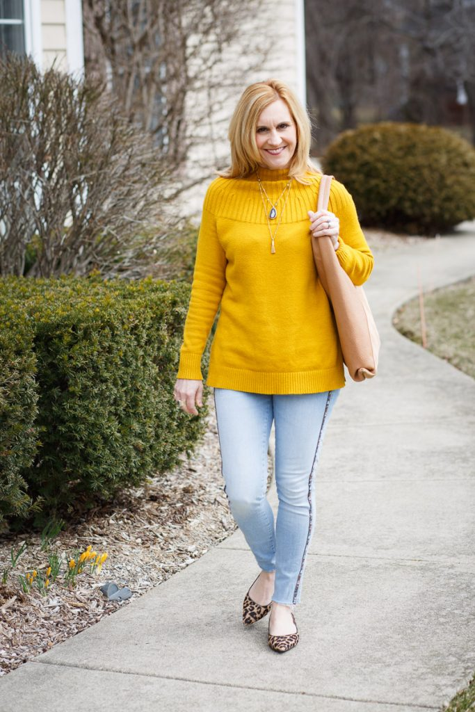 A yellow sweater tunic that is perfect for the beginning of Spring.