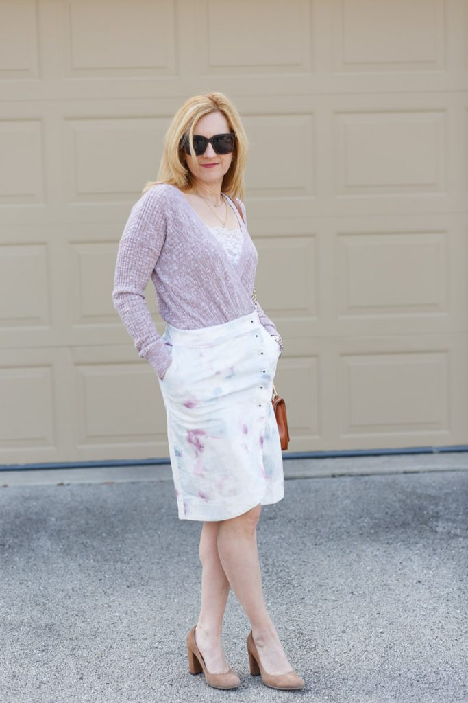 Staying cozy chic in this pink sweater and tie-dyed tulip skirt.