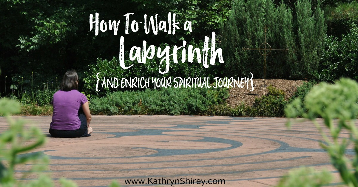 how to walk a labyrinth