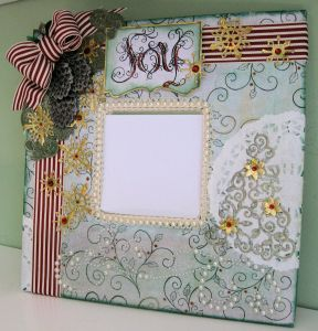 Heartfelt Creations altered Mirror 03