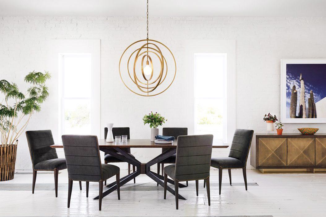 chic chandelier in your kitchen design