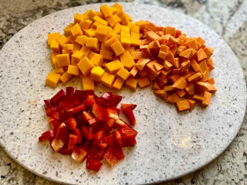 Vegetablae-to-roast-vegetable-barley-soup-1024x768 Vegetable Barley Soup