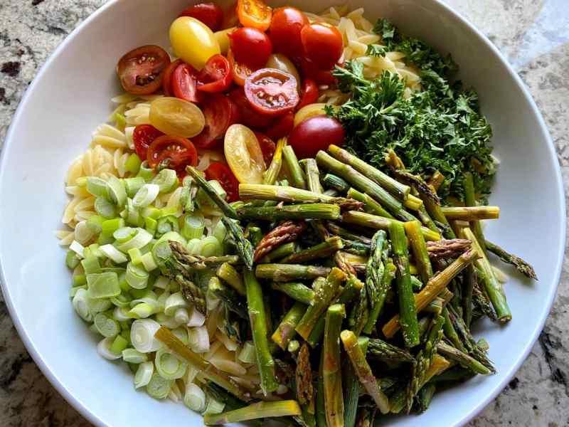 asparagus salad mixed