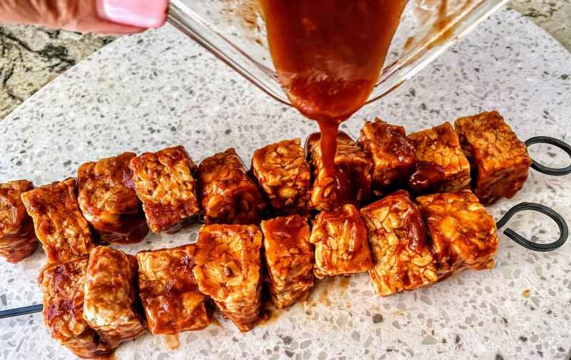 BBQ Grilled Tempoeh kabobs