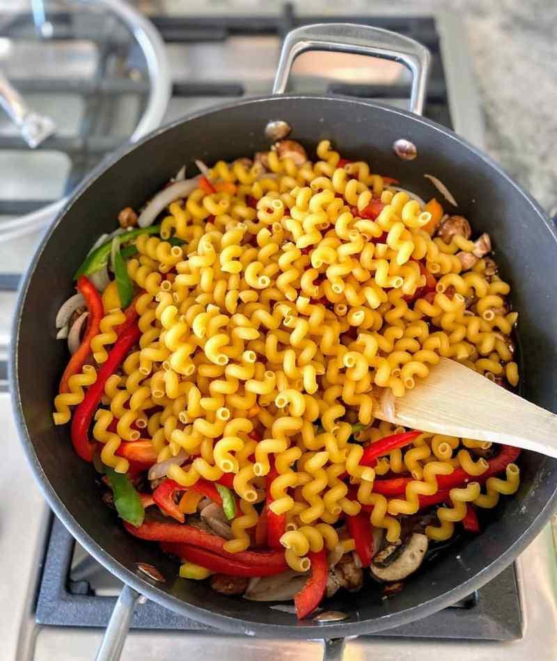 Add pasta fajita soup
