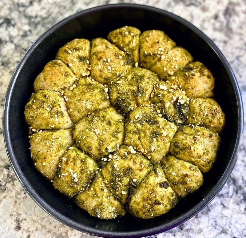 baked pesto bread