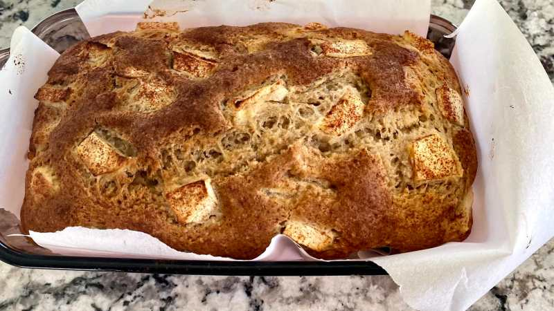 Baked apple cinnamon bread