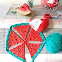 Craft Lovers ♥ Gehaakte slinger van watermeloenen door Les Moustachoux met Katia Bulky Cotton en Big Alabama