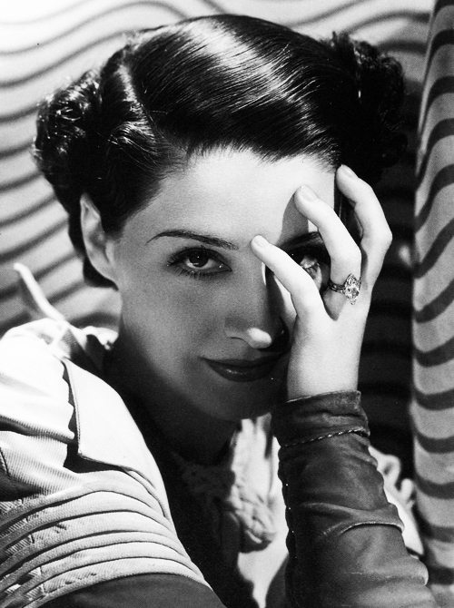 A History of Engagement Rings, Vol. 7: The 1920's Norma Shearer engagement ring