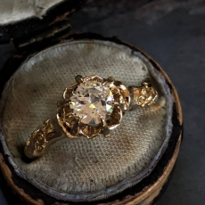 """YELLOW GOLD (14KT) """"BUTTERCUP"""" VINTAGE DIAMOND ENGAGEMENT RING (GIA CERT)"""