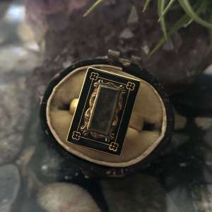 Early Victorian 14kt Yellow Gold & Enamel Hair-Work Mourning Ring (Vintage)