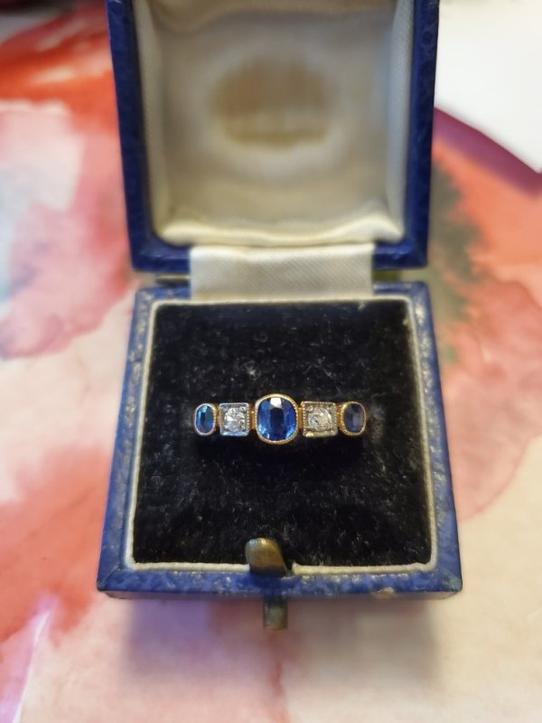 Vintage 18kt Yellow Gold Sapphire and Diamond Band