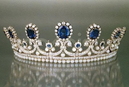 Royal French Tiaras: Queen Marie-Amélie's Sapphire and Pearl Tiara