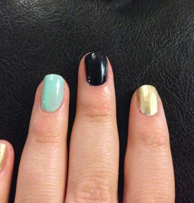 Nail Art Design: Navy, Mint & Gold by Katie Crafts; http://www.katiecrafts.comnavy-mint-gold-nails-slice