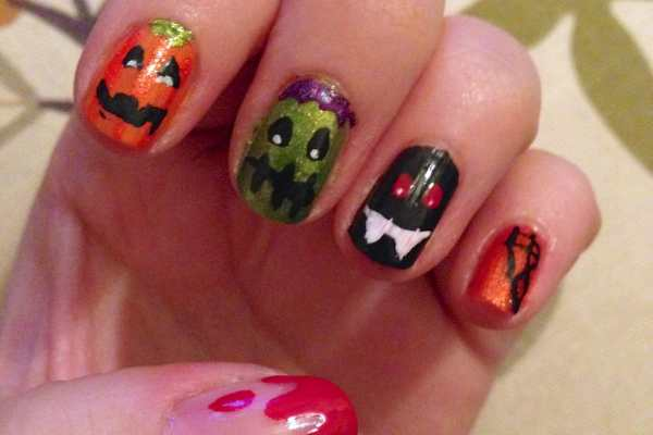 Nail Art Design: Halloween Nails by Katie Crafts; https://www.katiecrafts.com