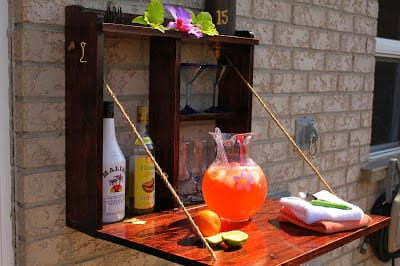 DIY Backyard Bar from Turtles & Tails