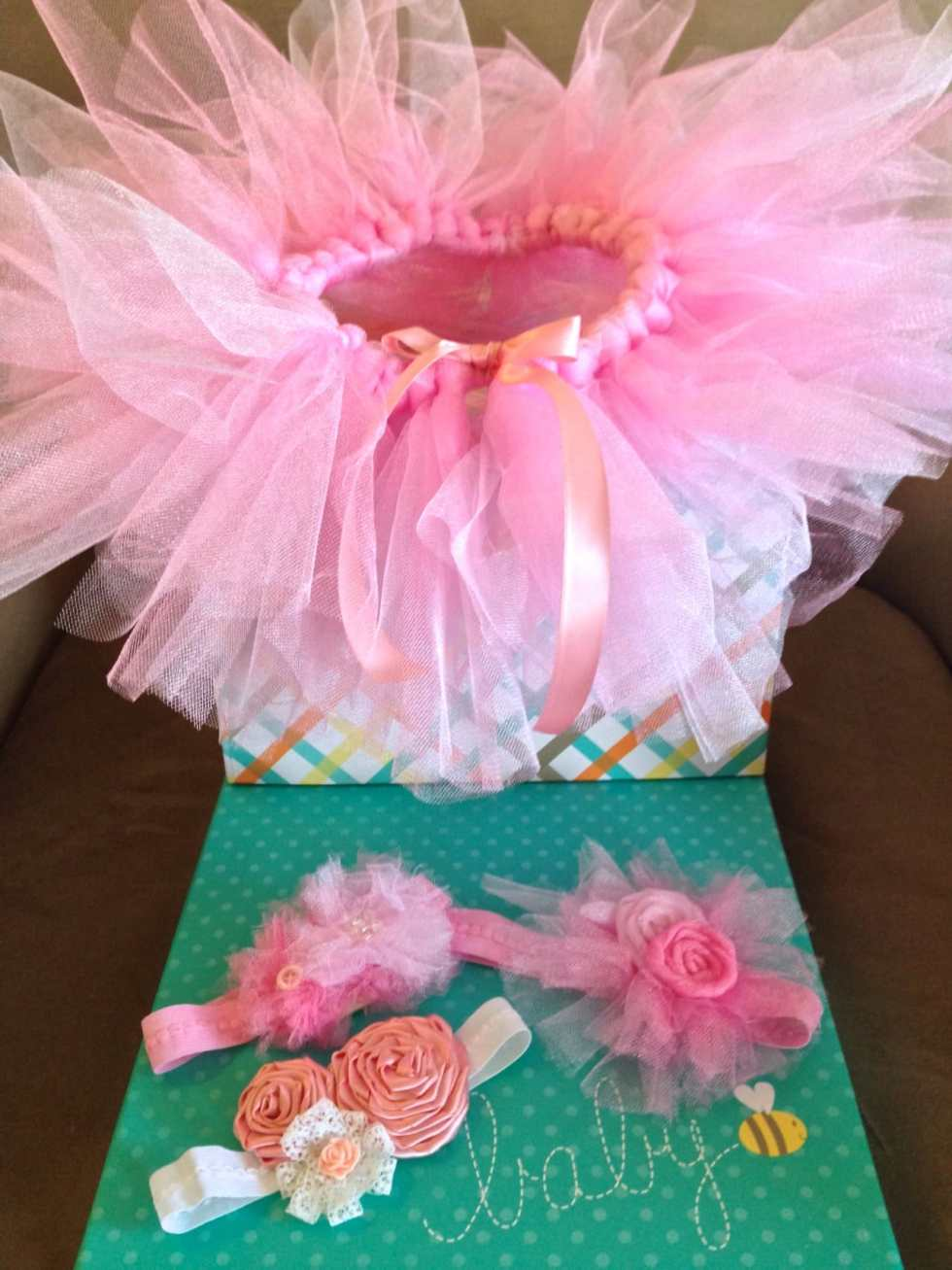 How to Make a No Sew Baby Tutu tutorial by Katie Crafts; http://www.katiecrafts.com