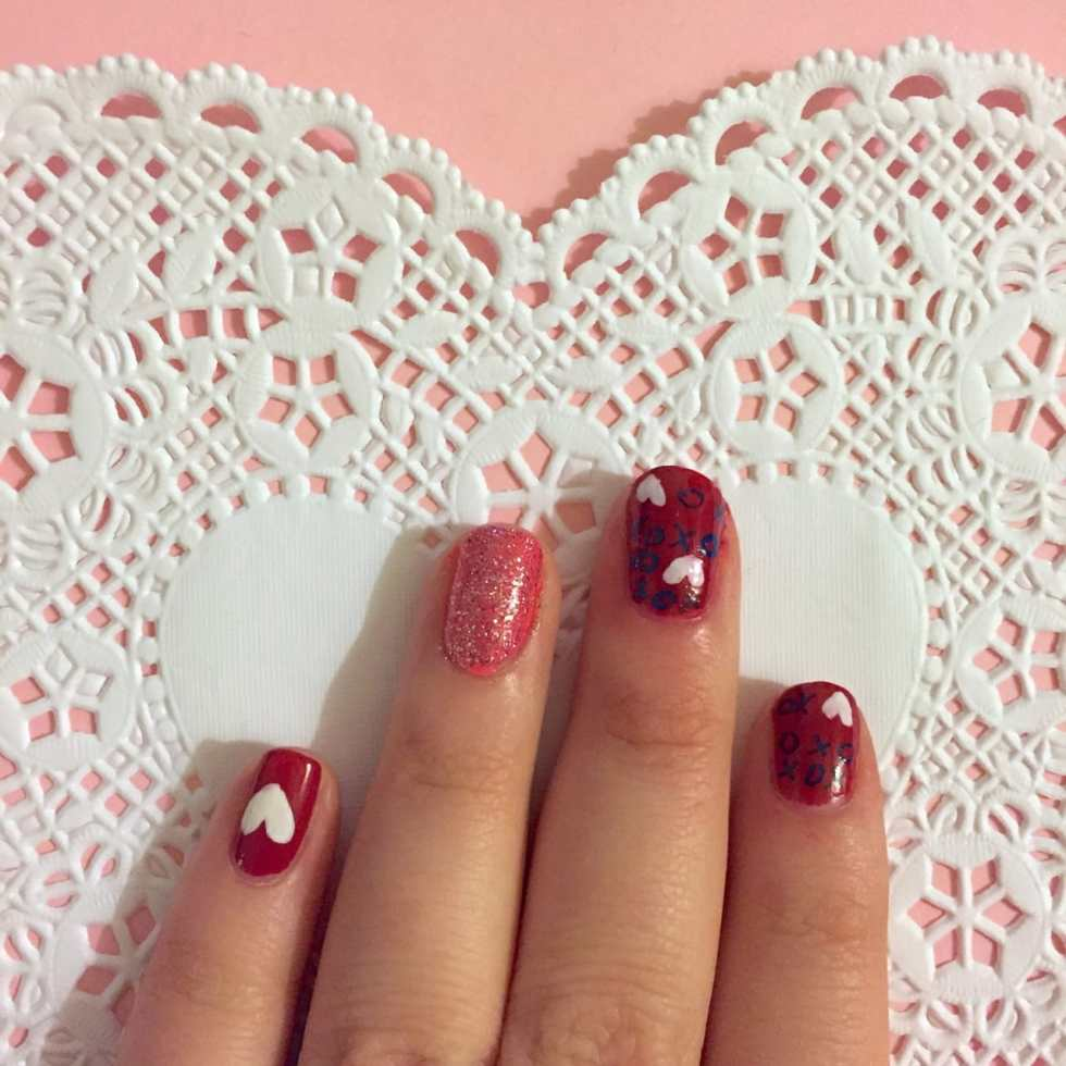 XOXO Valentine's Nail Art Design by Katie Crafts; http://www.katiecrafts.com