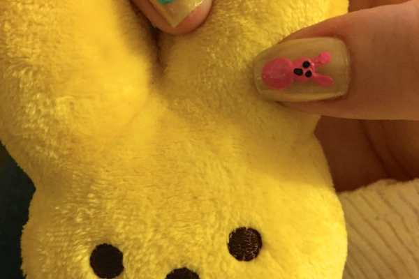Easter Nail Art: Peeps! by Katie Crafts; https://www.katiecrafts.com