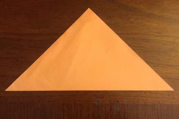 Origami Halloween Bat Tutorial on Katie Crafts https://www.katiecrafts.com