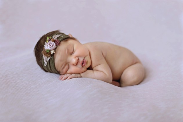 posed newborn studio milwaukee