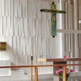Efter konversionen till Katolska kyrkan var debatten hätsk och skrämde bort många besökare.