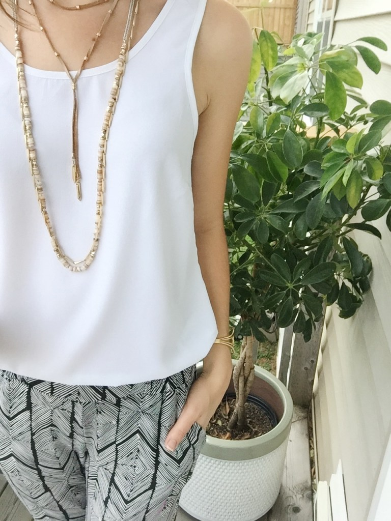 5x5 summer style challenge with printed joggers and white blouse