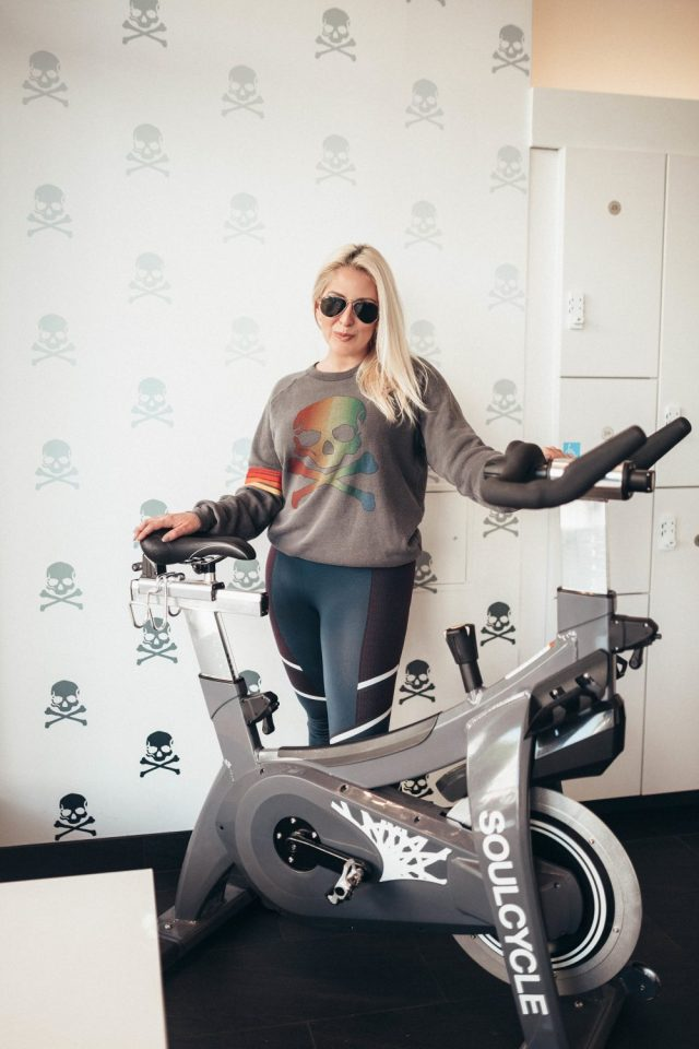 Sweat it out 2018, How I Found My Soul, SF Style, SF Fashion, SoulCycle, KatWalkSF, January Goals, Fitness Goals, New Years Resolution, SF Blogger, Top Blogger, Aviator Nation, Spin Class, Cycling, Is Soul Cycle Worth it?, Expensive Spin Class,
