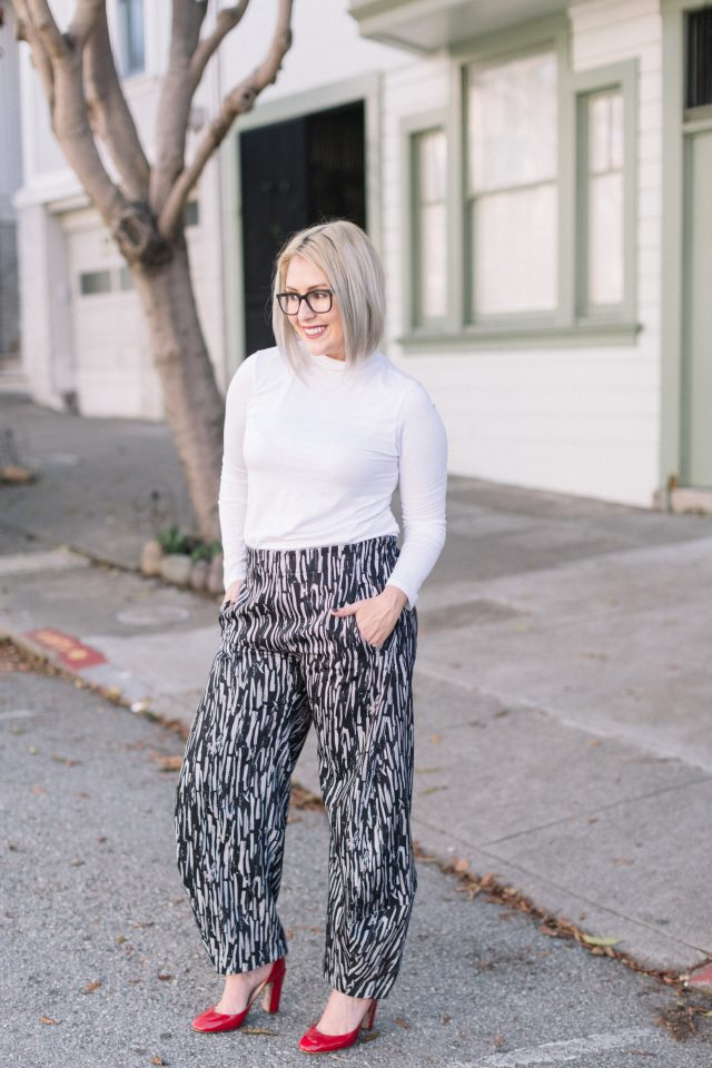 Holiday Style - Ruti Brush Stroke Jack Pants