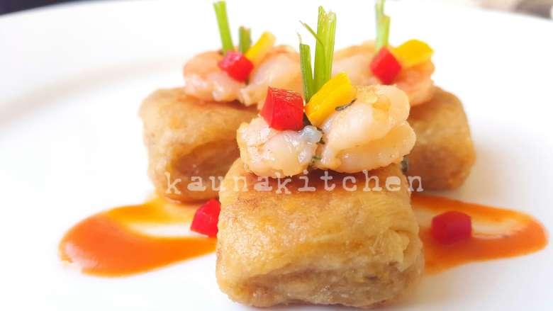 Shrimp plantain appetizers