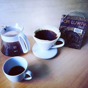kopi-luwak kávét kóstoltunk