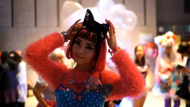 Hello Kitty s Birthday Party! [2016.11.01].00_01_50_22.Still021
