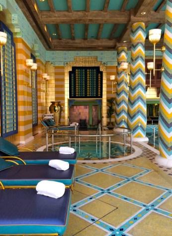 Hotel com decoração árabe