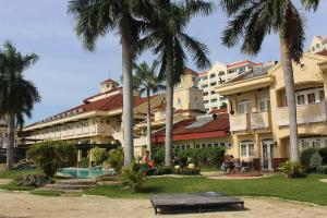 Book a room at the vista mar beach resort and country club, philippines! discount rates! 004