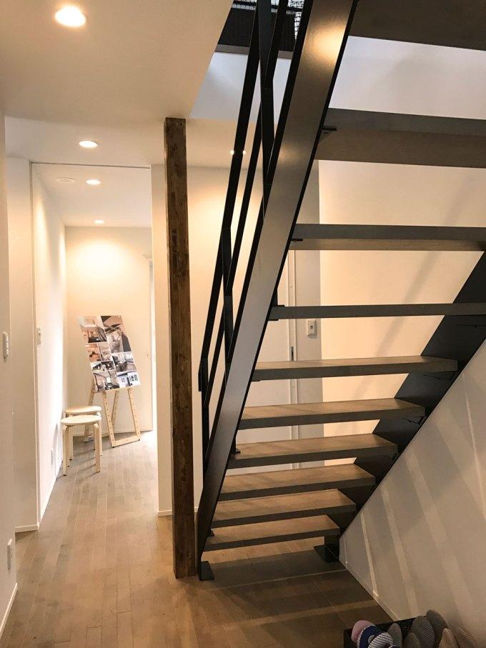 住宅の鉄骨階段