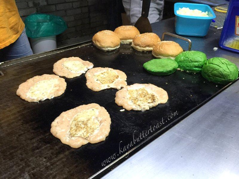 Clash of Clan Spoof Burger aka COC Burger @ Jalan Lembah Permai, Tanjung Bungah, Penang (9)