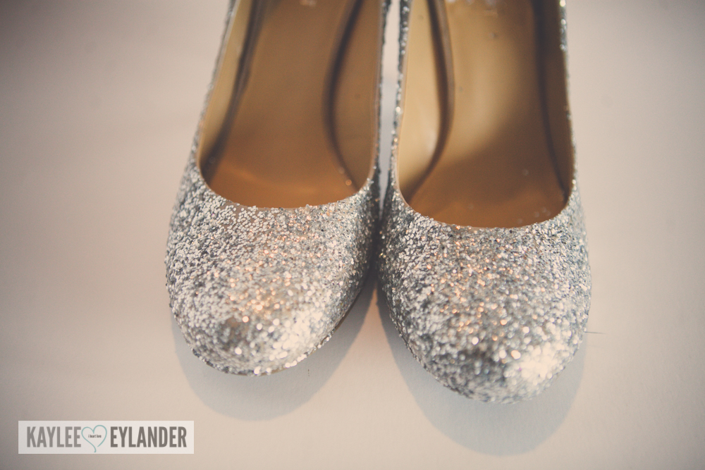 diy-cinderella-glitter-high-heel-shoes-12