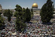 Photo of Desetine hiljada muslimana se okupilo u Jerusalimu prvog petka Ramazana