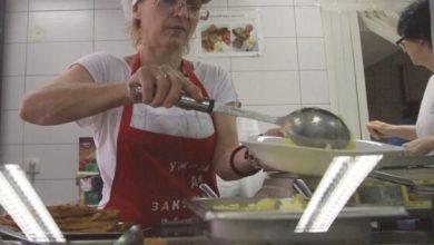 Photo of Podelom besplatnih obroka beogradski restoran vraća veru u ljudskost