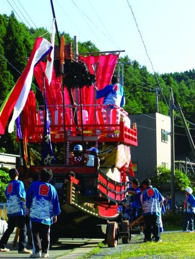 大石神社祭典(易国間地区)