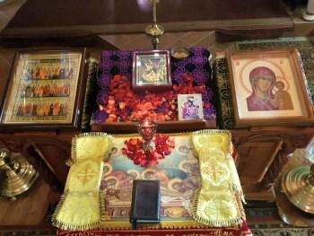 Во время Великого поста в 2019 г. Великая суббота. Плащаница. Пресвятая Богородица. Казанский храм