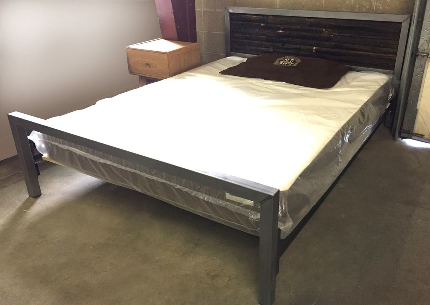 Unique Industrial Steel Bed Modern And Industrial