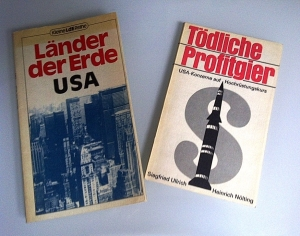 DDR Books about USA