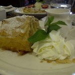 Cafe Central Apfelstrudel