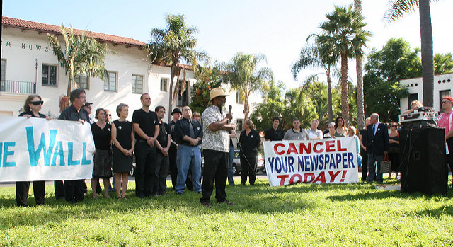 "Santa Barbara News-Press rally 2006. ""Cedric Robinson, UCSB professor of political science and black studies, addresses the rally. Behind him stand employees of the Santa Barbara News-Press."" Photo by Doc Searls. Posted under Creative Commons License 2.0."