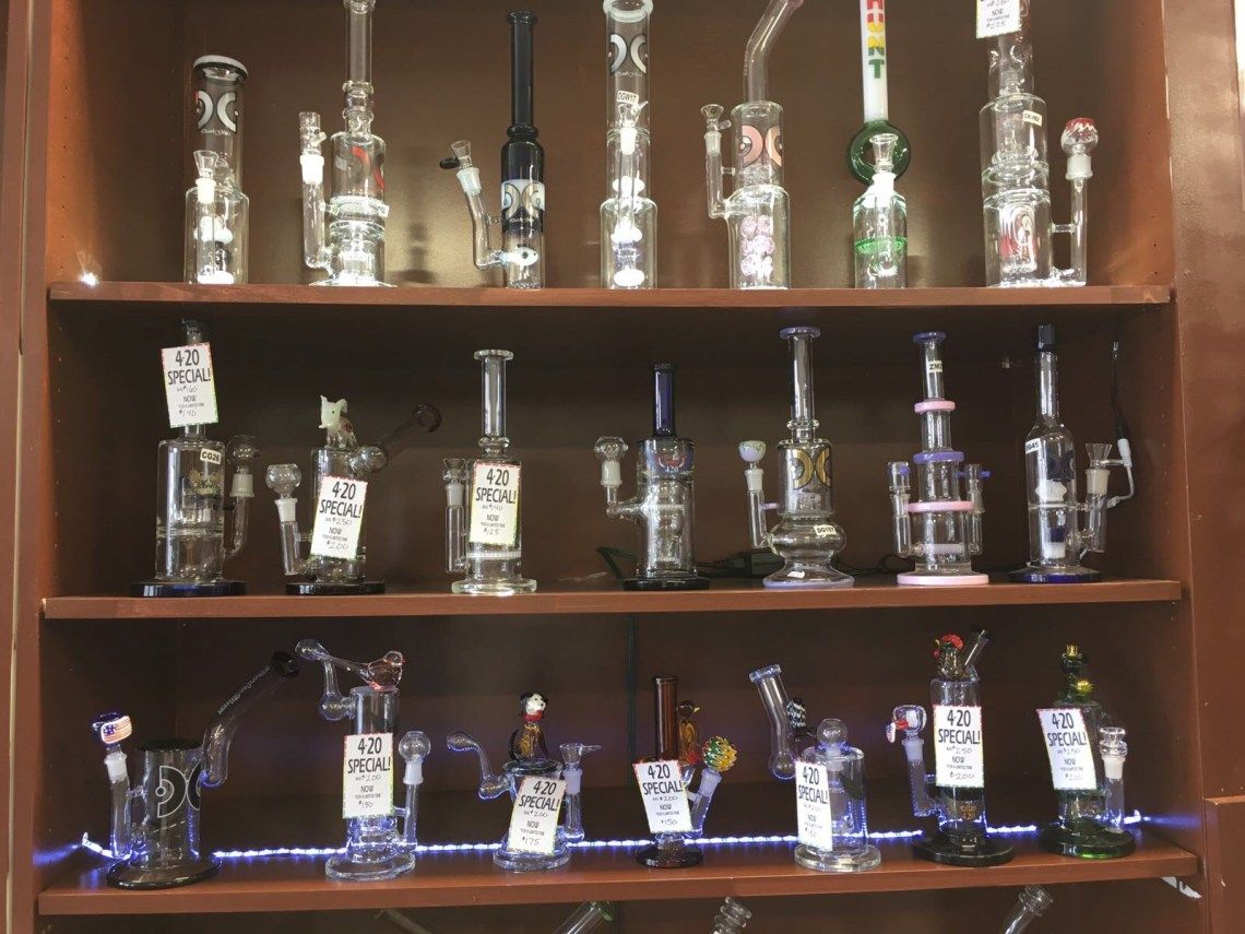 smoke-shop-in-Kansas-City-Westport-KC-KCMO