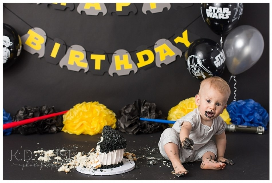 Star Wars themed cake smash photo session by Pueblo photographer K.D. Elise Photography.