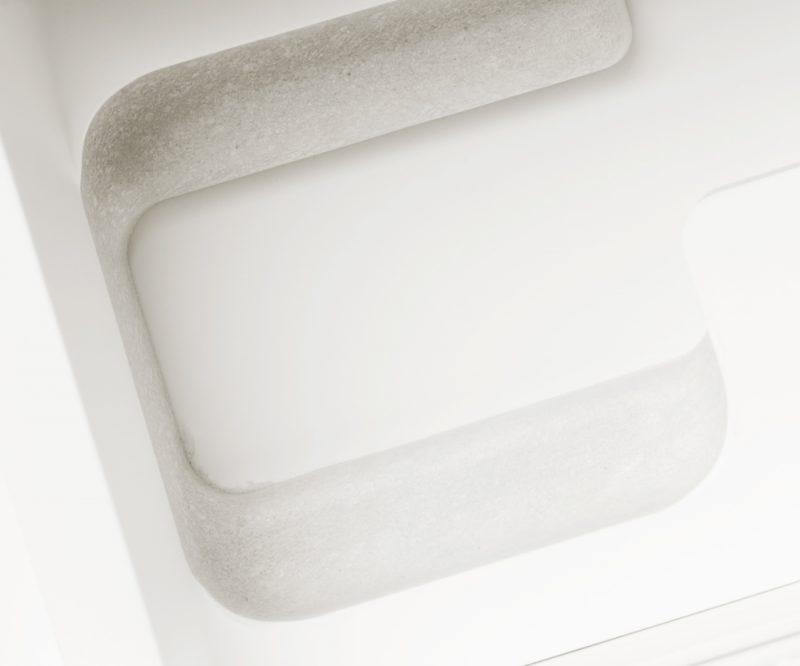 p.MD261KHa iPhone 4s White 64GB 50 x 60 cm 2015